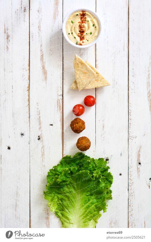Falafel und Gemüse in Schüssel auf weißem Holz Lebensmittel Gesunde Ernährung Foodfotografie Korn Asiatische Küche Schalen & Schüsseln frisch Gesundheit braun
