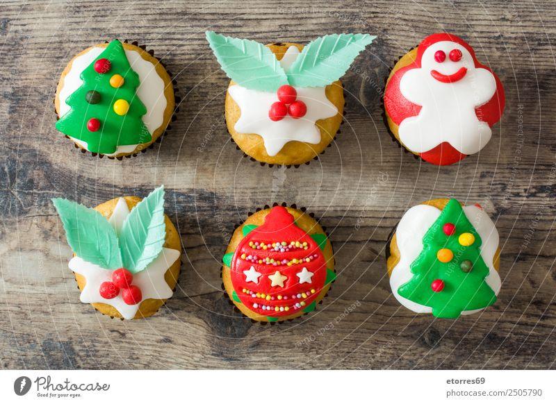 Weihnachtskuchen Lebensmittel Kuchen Dessert Süßwaren Party Feste & Feiern Weihnachten & Advent gut süß grün rot Cupcake Muffin Backwaren Weihnachtsbaum Ball