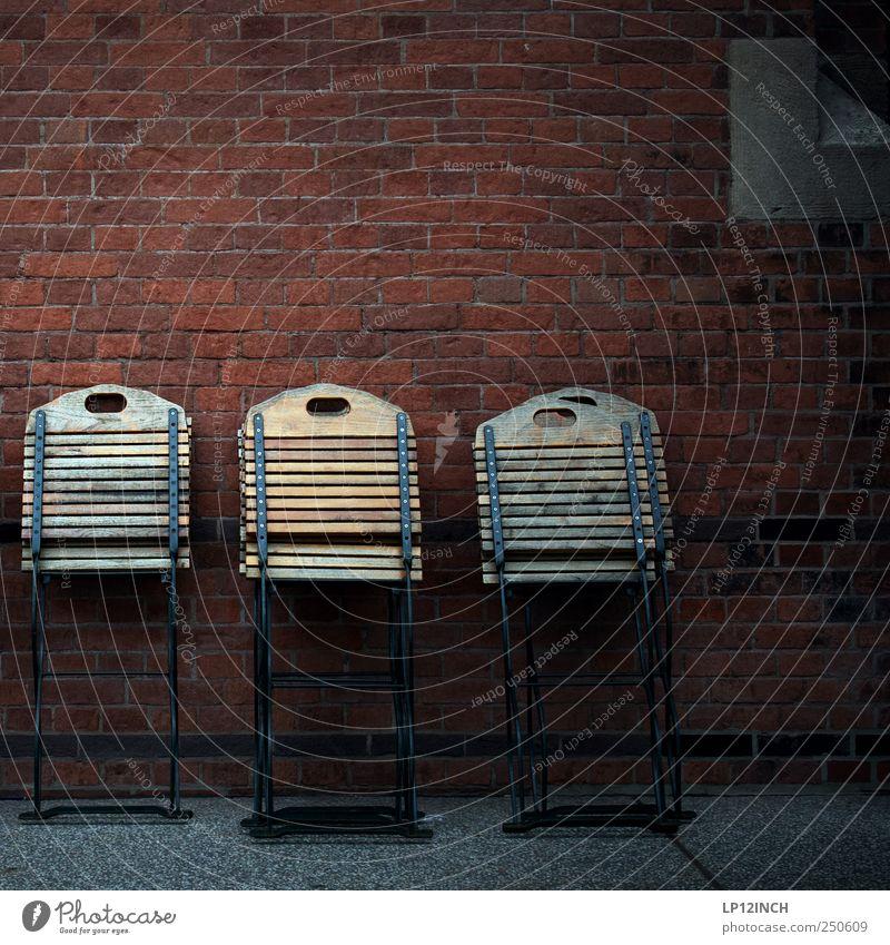 Sommerende Sommer dunkel kalt Wand Holz Stuhl Backstein 5 Café anlehnen Klappstuhl stellen