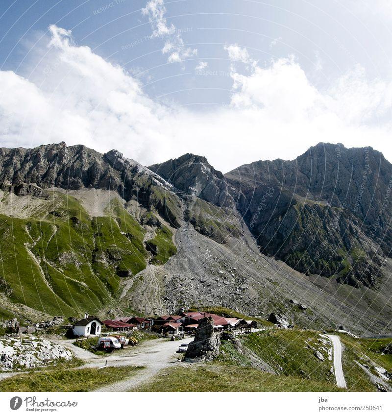 Sanetsch Natur Sommer ruhig Haus Erholung Freiheit Berge u. Gebirge Landschaft Gras Stein Ausflug Felsen wandern Tourismus authentisch Alpen