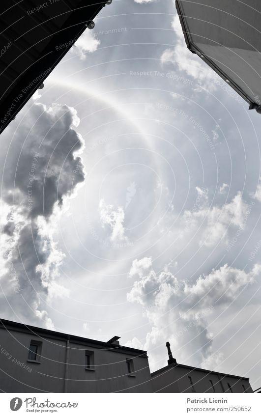 Eye in the sky Himmel Ferien & Urlaub & Reisen Landschaft Wolken Haus Umwelt Wetter Luft Wind Perspektive Beginn Klima einzigartig bedrohlich Schönes Wetter