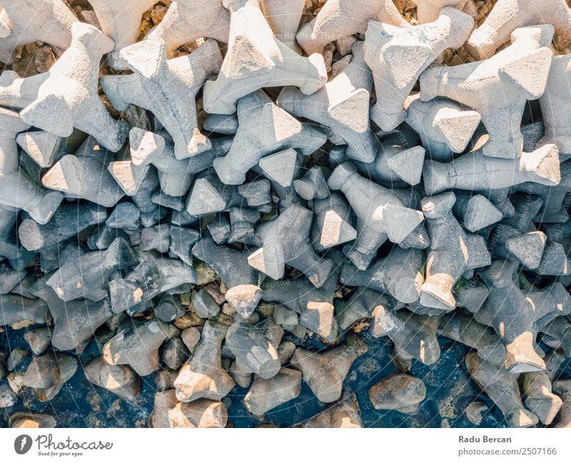 Luftaufnahme des Betonpfeilers auf dem Wasser am Schwarzen Meer Ferien & Urlaub & Reisen Tourismus Ferne Expedition Sommer Umwelt Natur Landschaft Felsen Küste