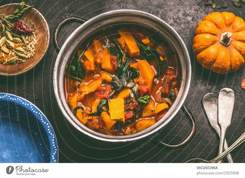 Kürbis Eintopf Lebensmittel Gemüse Suppe Ernährung Mittagessen Festessen Bioprodukte Vegetarische Ernährung Diät Geschirr Topf Besteck Stil Design