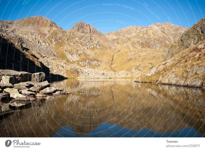 Anfang und Ende Natur alt blau Leben Berge u. Gebirge Umwelt Landschaft träumen See braun natürlich Alpen Reinigen Gipfel Seeufer Lebensfreude