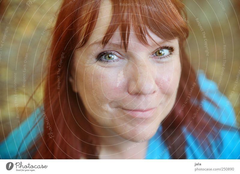 CHAMANSÜLZ | smiling eyes Frau Mensch schön Freude Gesicht feminin Haare & Frisuren Glück Erwachsene Zufriedenheit Fröhlichkeit Warmherzigkeit Lächeln Lebensfreude langhaarig rothaarig
