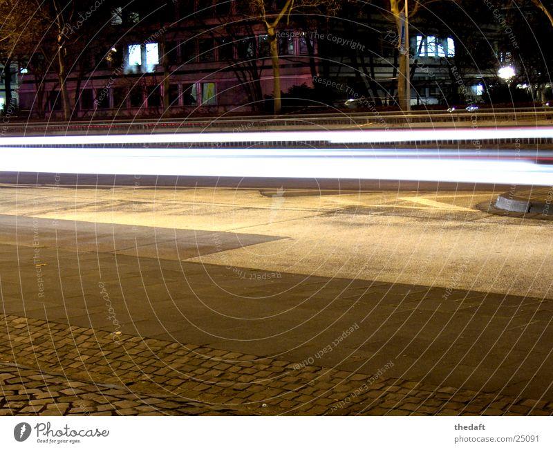Lightning Langzeitbelichtung Nacht dunkel Bonn Verkehrswege Straße B9