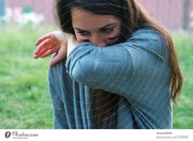 lass uns die sprache ablegen und endlich etwas sagen Lifestyle Mensch feminin Junge Frau Jugendliche Haut Kopf Haare & Frisuren Gesicht Auge 1 18-30 Jahre