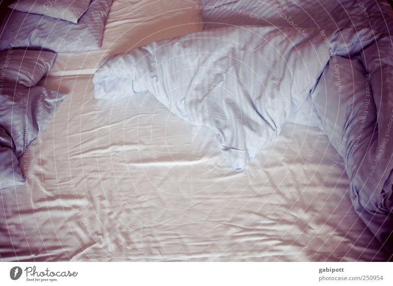 [CHAMANSÜLZ 2011] die Hotelbetten waren gut Zusammensein rosa wild schlafen Bett weich Warmherzigkeit Duft Bettwäsche Partnerschaft gemütlich kuschlig Textilien