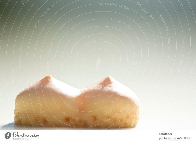 Chamansülz | Ein Schelm ist, wer Böses denkt! feminin Ernährung süß Brust lecker Süßwaren Keks Foodfotografie Vor hellem Hintergrund