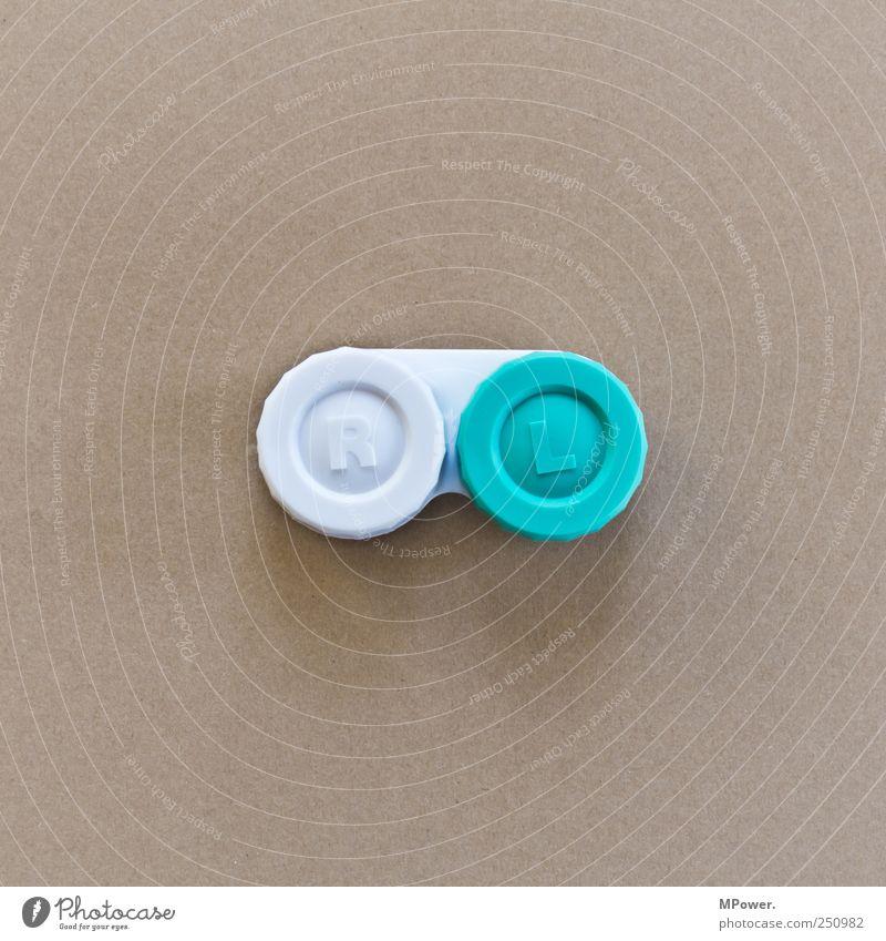 O_O weiß braun rund Gesundheitswesen Kunststoff falsch links Schachtel rechts verdreht Kontaktlinse fehlerhaft