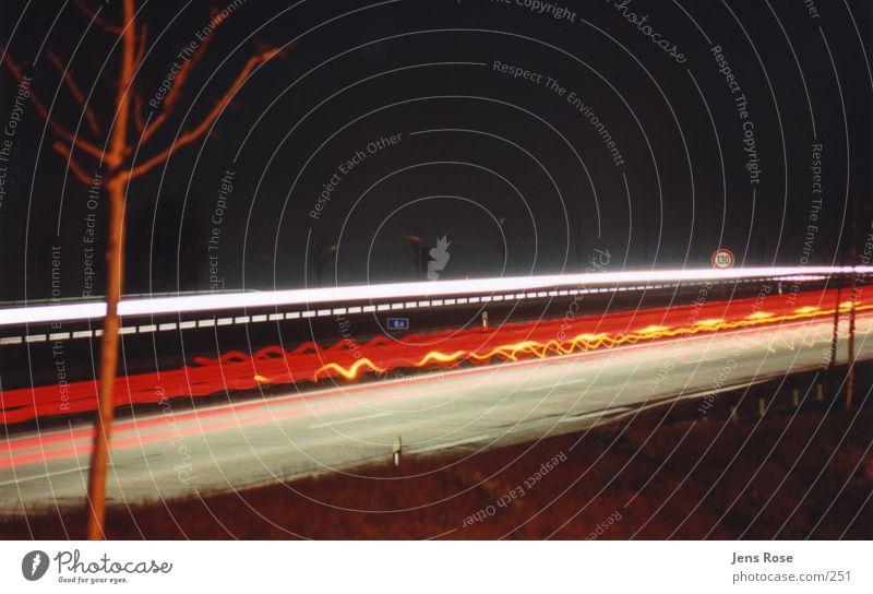 nightshot02 Autobahn Geschwindigkeit Verkehr