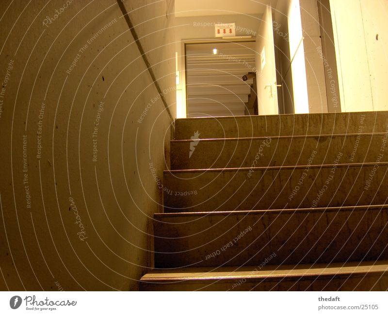 Aufgang Wand Architektur Tür Treppe Fotokamera Garage