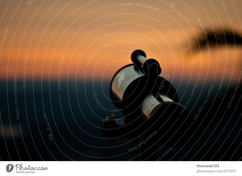 Teleskop Natur blau Wolken schwarz Landschaft Metall träumen Horizont gold Idylle