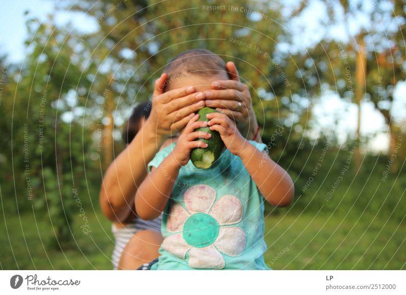 Kind Mensch Erholung Freude Erwachsene Lifestyle Leben Senior Gefühle feminin Familie & Verwandtschaft Spielen Zufriedenheit Freizeit & Hobby Kindheit Baby