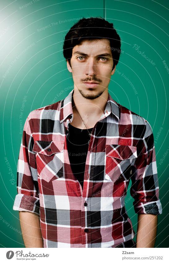 actor Mensch Jugendliche Gesicht Stil Erwachsene maskulin natürlich Lifestyle Coolness authentisch retro einzigartig Hemd Mut Bart trashig