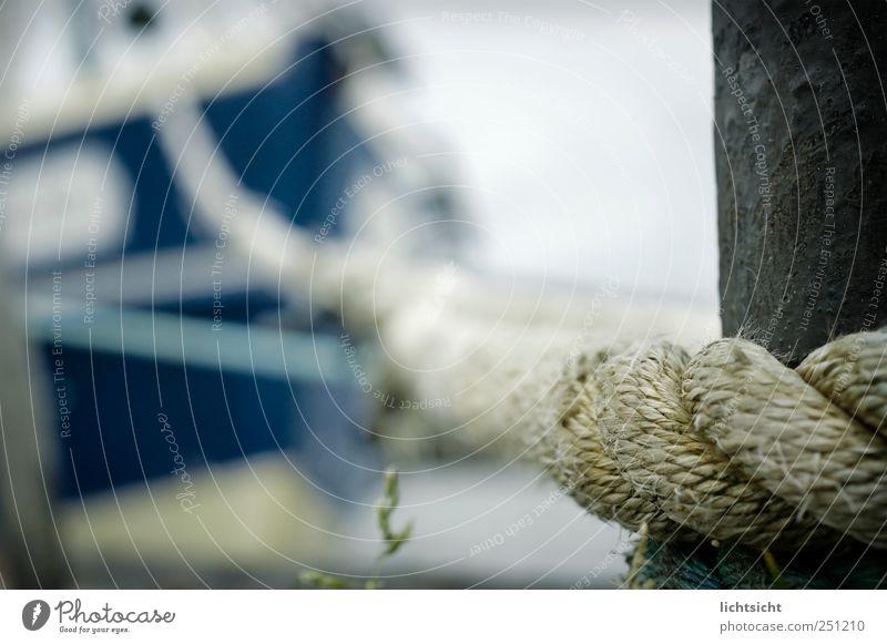 festmachen blau Meer Küste Wasserfahrzeug Seil Insel Perspektive Hafen Nordsee Schifffahrt Anlegestelle Ostsee Segelschiff Anker Fischerboot ankern