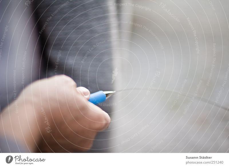 [CHAMANSÜLZ 2011] good vibrations Frau Hand Bewegung Pullover Arzt schwingen Wunder pendeln Mensch Heilpraktiker