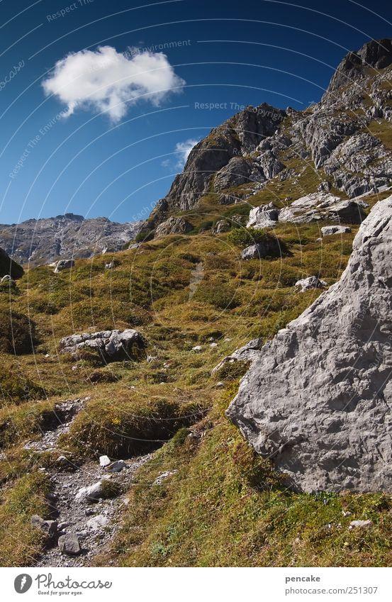 wanderndes wolkenschaf Himmel Wolken Schönes Wetter Felsen Alpen Berge u. Gebirge Gebirgssee Abenteuer Lebensfreude Leichtigkeit Wege & Pfade
