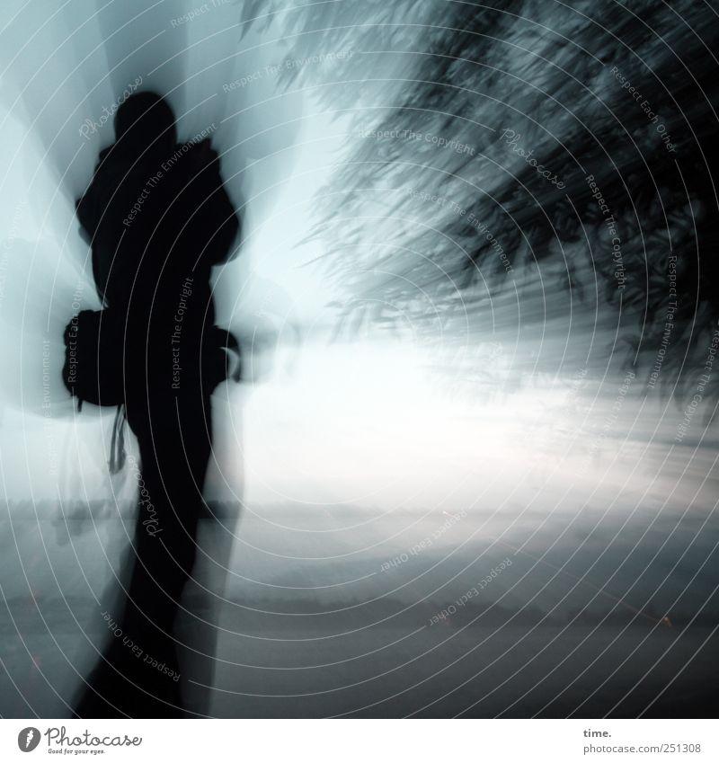 Patrick Tausendsassa* Mensch Himmel Natur Mann blau Freude Erwachsene Landschaft dunkel Bewegung Horizont Stimmung Arme maskulin Energie Leidenschaft
