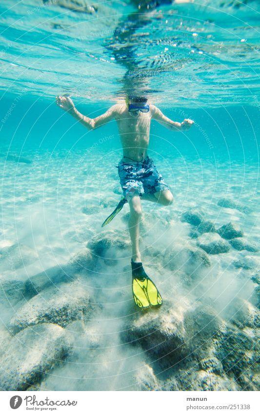 Wasserballett Mensch Natur Jugendliche blau Wasser Meer Erholung Leben Junge Kindheit Freizeit & Hobby Schwimmen & Baden natürlich Fröhlichkeit authentisch Coolness