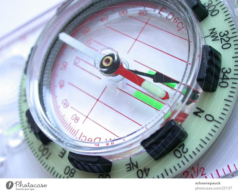 Kompass wandern Freizeit & Hobby Pfeil Richtung zeigen Norden Orientierung Kompass Pfadfinder Himmelsrichtung