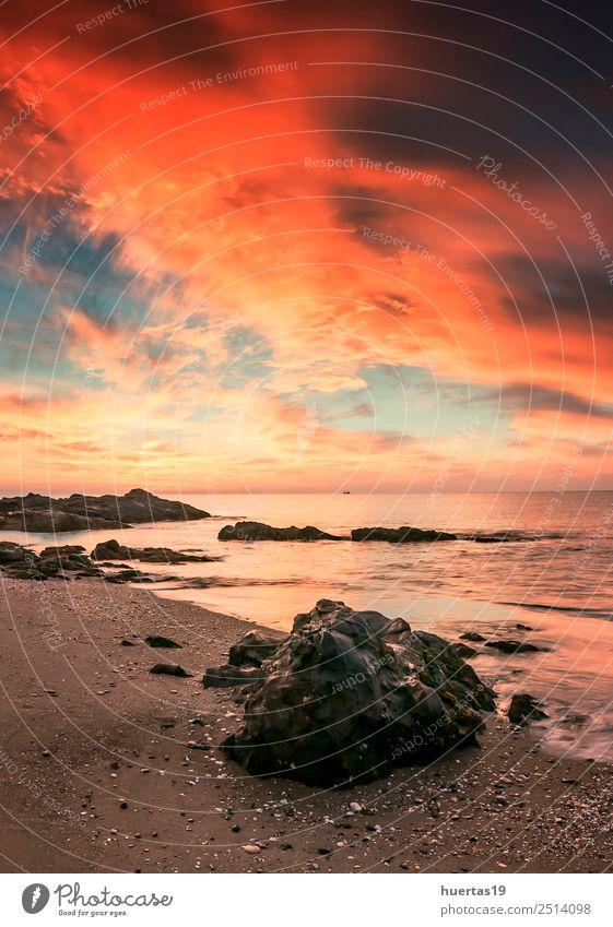 Sonnenuntergänge am Mittelmeer Strand Natur Landschaft Himmel Horizont Felsen Wellen Küste Stein Gefühle Freude Sonnenuntergang Sonnenuntergang Meer