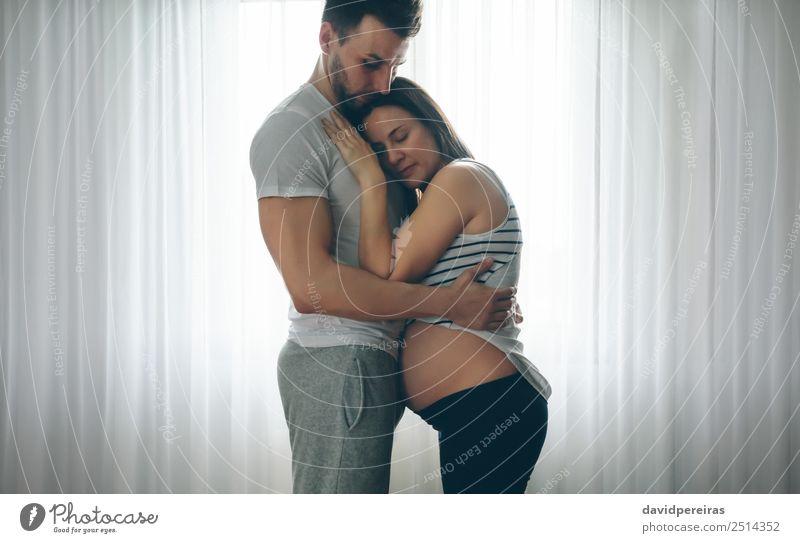 Frau Mensch Mann nackt schön Erwachsene Lifestyle Liebe Familie & Verwandtschaft Paar authentisch Baby warten Schutz Mutter Partnerschaft