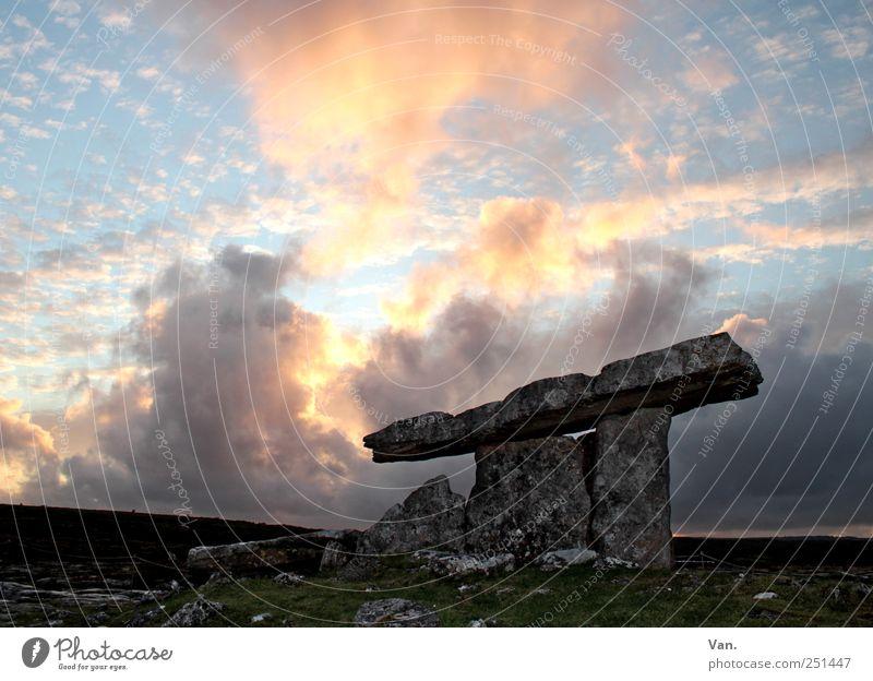 Poulnabrone Dolmen² Himmel Natur alt Ferien & Urlaub & Reisen Wolken ruhig gelb Freiheit Stein Felsen groß Denkmal Ruine Sehenswürdigkeit Republik Irland