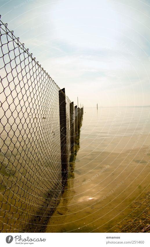 Wasser kennt keine Grenzen Himmel Natur Wasser blau Strand Landschaft Holz Küste Luft Metall See Wetter braun Wellen Horizont geschlossen