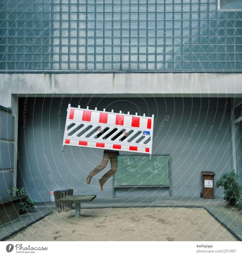 kinder haften für ihre eltern Mensch Stadt rot Leben Fenster springen Fassade Schilder & Markierungen maskulin Streifen Baustelle Hinweisschild Zeichen Barriere