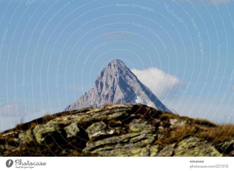 da wächst ein Gipfel Himmel Natur Sommer Ferien & Urlaub & Reisen Berge u. Gebirge Landschaft Gras Wetter Ausflug Felsen wandern hoch Abenteuer Tourismus Klima