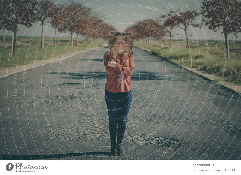 Verzerrung Mensch feminin Junge Frau Jugendliche Erwachsene 1 13-18 Jahre 18-30 Jahre 30-45 Jahre Angst Zufriedenheit bizarr chaotisch Frustration bedrohlich