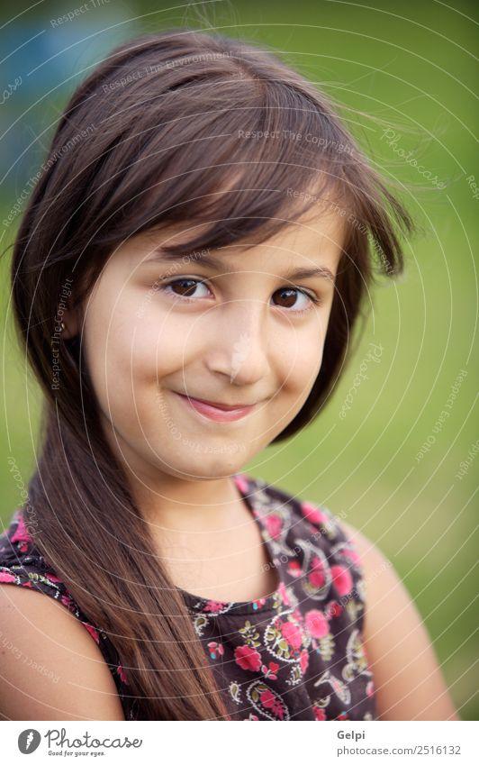 beiläufig schönes Mädchen - Fokus im Auge - Spielen Kind Schule Mensch Baby Familie & Verwandtschaft Kindheit Lippen Zähne Mode klein rosa weiß Reinheit