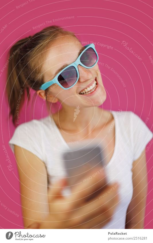 #A# SelfieQueen 1 Mensch Kunst ästhetisch Junge Frau Jugendkultur PDA Chatten Video Videokamera Videodreh Lächeln lachen Körperhaltung rosa rosarote Brille