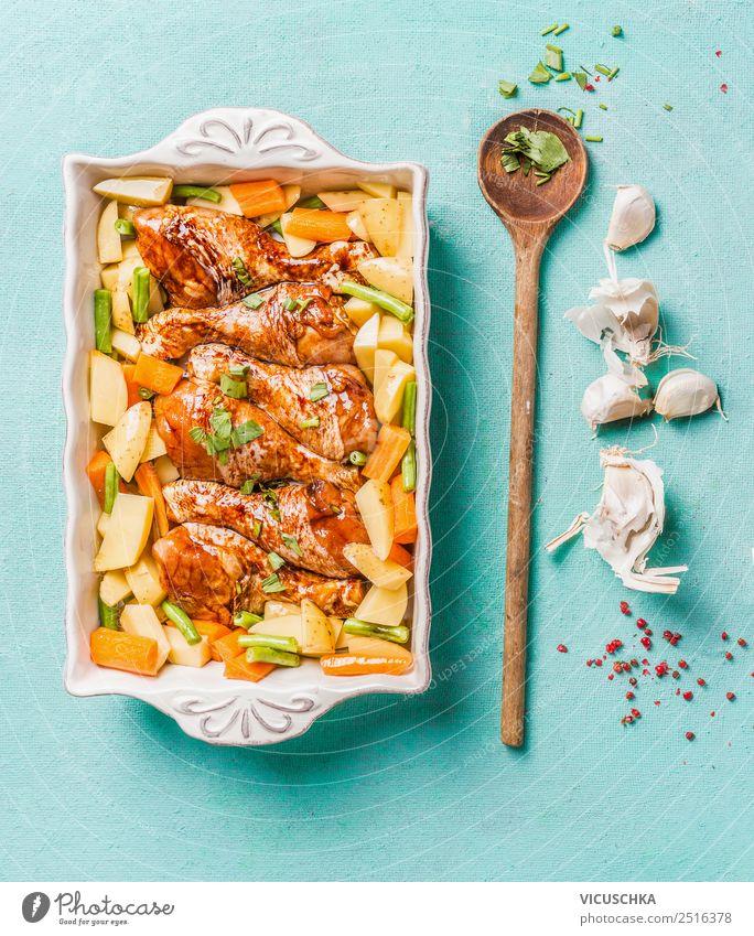 Hähnchenkeulen mit Kartoffel und grüne Bohnen Gesunde Ernährung Foodfotografie Essen Lebensmittel Stil Design Küche Gemüse Bioprodukte Essen zubereiten Geschirr