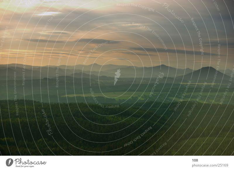Blick von der Boofe Himmel Sonne Berge u. Gebirge mystisch Märchen Sächsische Schweiz