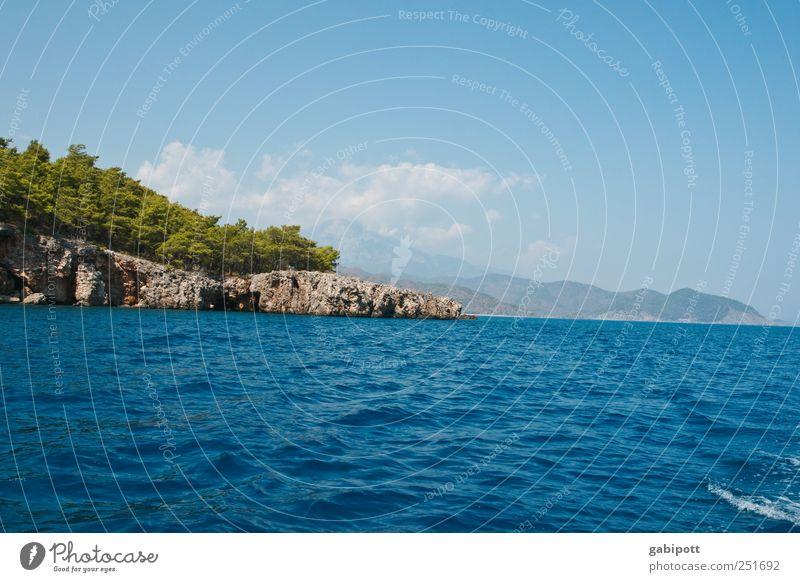 Abkühlung Himmel Natur blau Freude Sommer Ferien & Urlaub & Reisen Meer Wolken Einsamkeit Ferne Erholung Landschaft Glück Küste träumen Felsen