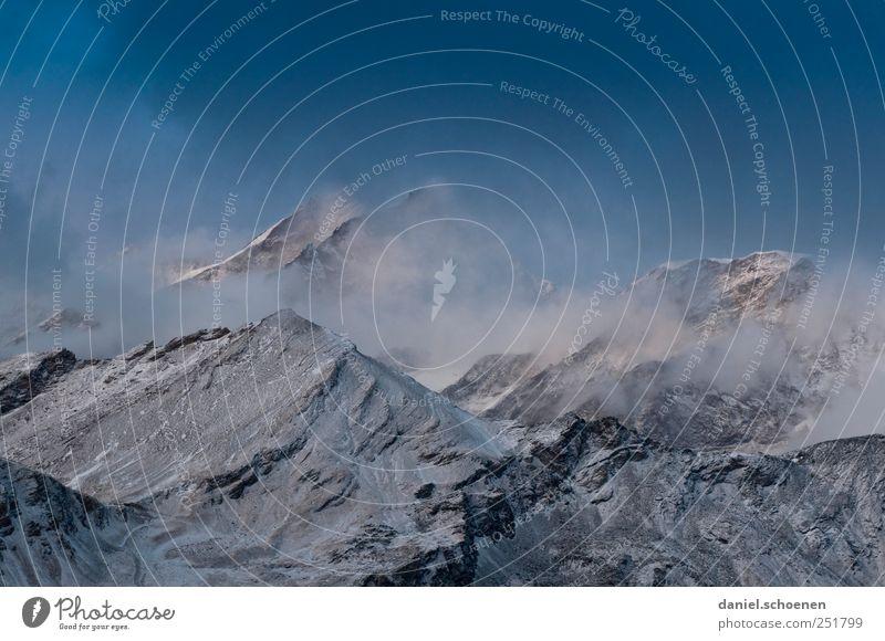 kalte Finger, Neuschnee, -10 Grad blau weiß Winter Schnee Herbst Berge u. Gebirge Wetter Wind Abenteuer Tourismus Klima Alpen Schweiz Gipfel Unwetter