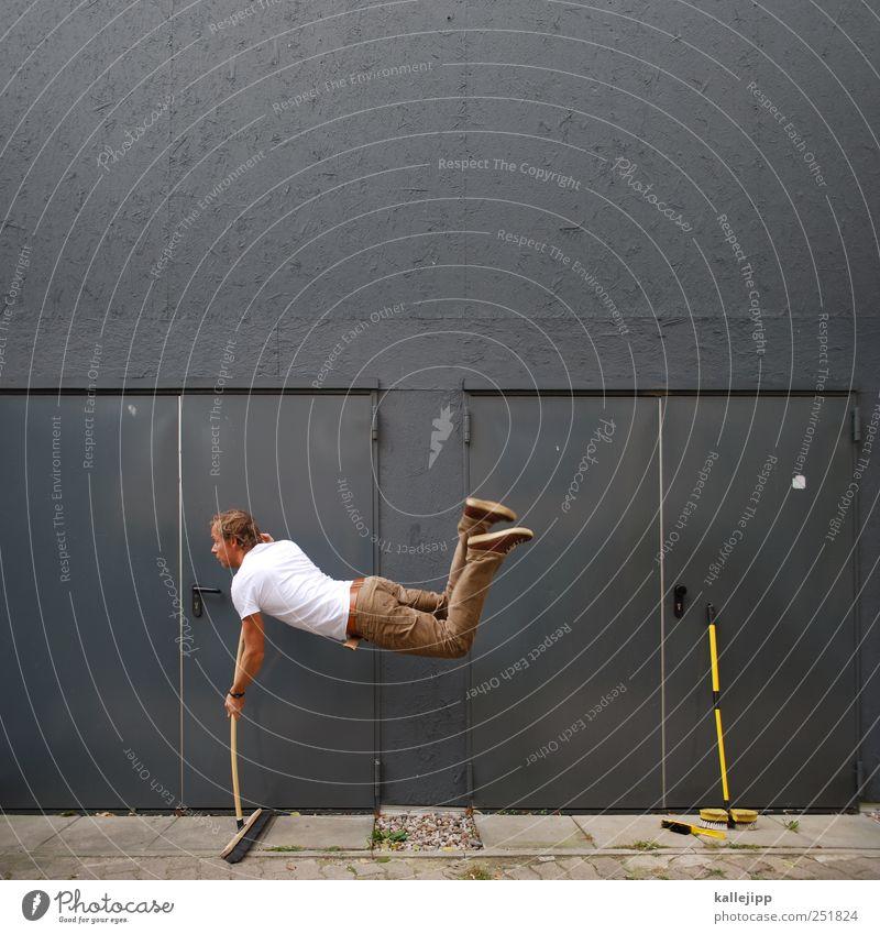 walpurgisnacht Mensch Mann Erwachsene springen Tür Arbeit & Erwerbstätigkeit Fliege maskulin Autotür Reinigen Beruf Fitness sportlich Handwerk Schweben Handwerker