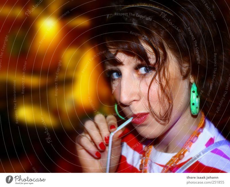 Ooh La La II Getränk trinken Erfrischungsgetränk Alkohol Glas Trinkhalm Stil Haare & Frisuren Schminke Lippenstift Nagellack Nachtleben Club Disco ausgehen