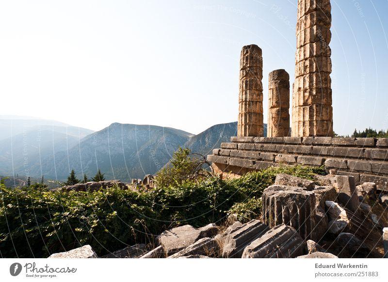 Der Tempel des Apollo Pflanze Berge u. Gebirge Architektur Stein Vergänglichkeit verfallen Vergangenheit Ruine Säule Griechenland verlieren Altstadt Antike