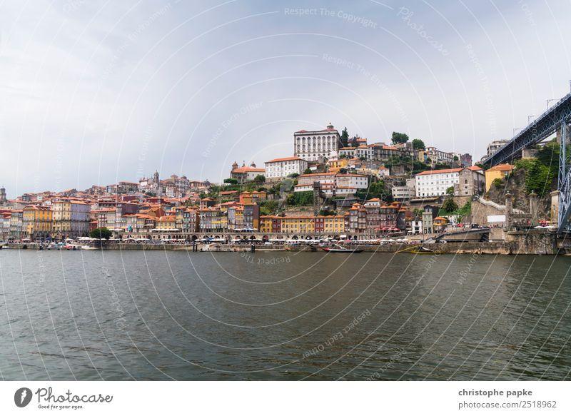 Am Fuße der Ponte Dom Luís I Ferien & Urlaub & Reisen Ausflug Sightseeing Städtereise Himmel Wolken Sommer Porto Portugal Europa Stadt Stadtzentrum Altstadt