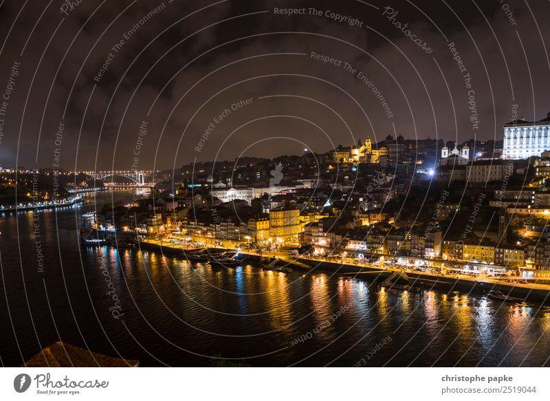 Porto nachts Ferien & Urlaub & Reisen Tourismus Ausflug Städtereise Himmel Wolken Nachthimmel Küste Flussufer Douro Stadt Hafenstadt Stadtzentrum Stadtrand