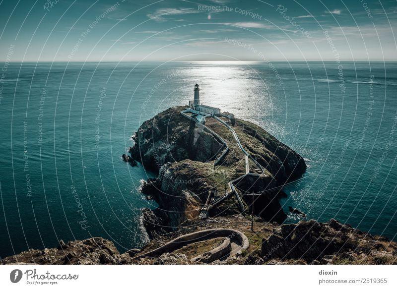South Stack Lighthouse Ferien & Urlaub & Reisen Tourismus Abenteuer Ferne Freiheit Sommer Meer Insel Wellen Umwelt Natur Landschaft Wasser Himmel Sonnenlicht