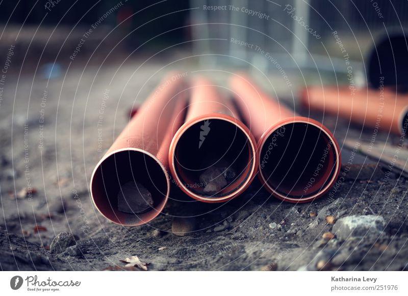 Rohrbruch? rot Haus dunkel Beginn Energiewirtschaft planen Baustelle Technik & Technologie Bauwerk Röhren Verfall Teamwork bauen anstrengen Bauarbeiter Genauigkeit