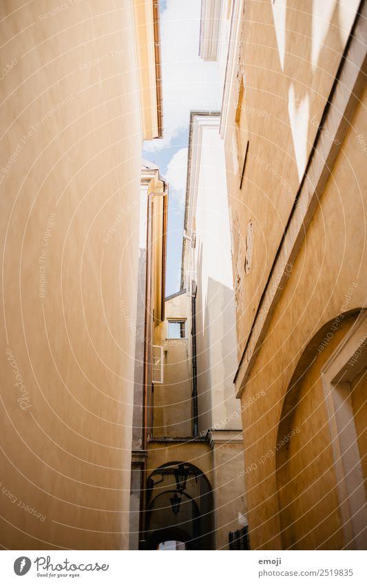 Warschau VIII Stadt Hauptstadt Altstadt Haus Gasse Mauer Wand Fassade alt Tourismus Warszaw Farbfoto Außenaufnahme Detailaufnahme Menschenleer Tag