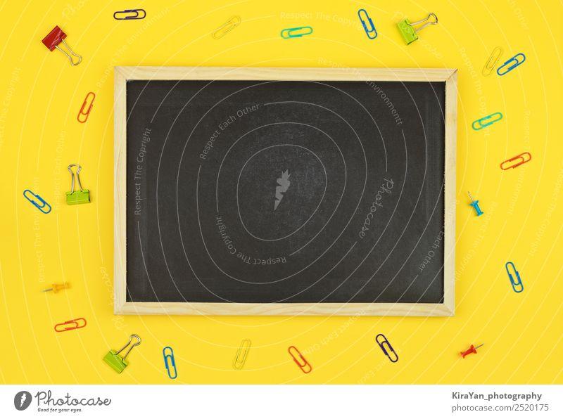 Leere Tafel mit Kopiermöglichkeit für Text auf Gelb kaufen Design Schreibtisch Schule Studium Arbeitsplatz Büro Wirtschaft Herbst Accessoire oben gelb