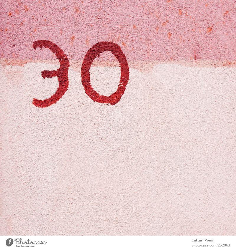 3 0 Haus Fassade Wand Stein niedlich Originalität positiv verrückt rosa Geburtstag Jubiläum 30 Zone Zonengrenze Graffiti Ziffern & Zahlen Hausnummer Farbfoto