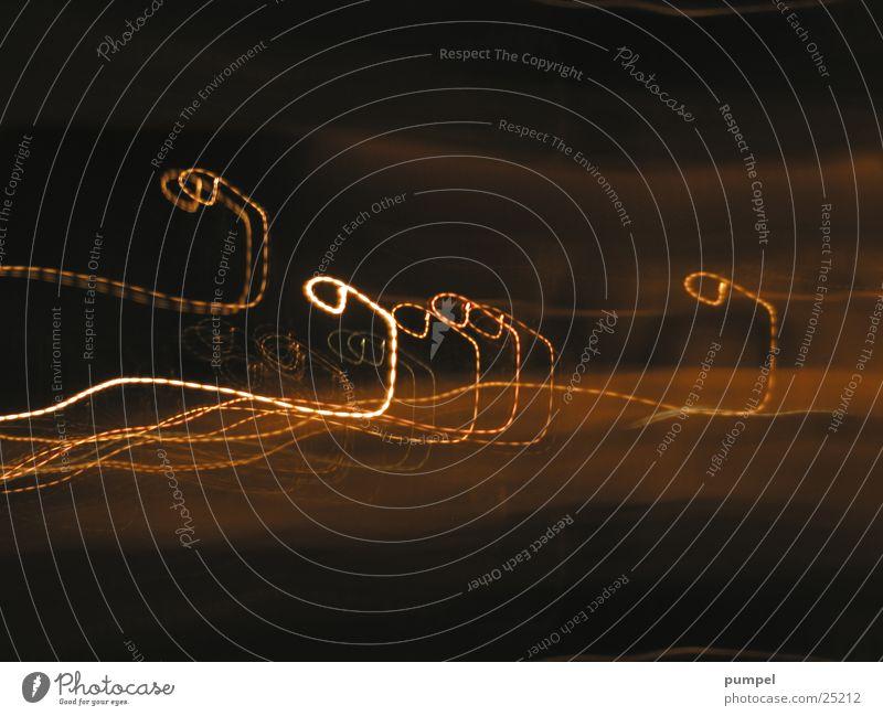 glühwurm - airshow Langzeitbelichtung dunkel Nacht glühen Kreis Licht Tanzen