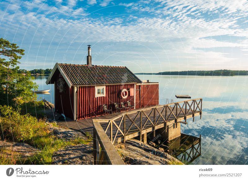 Schärengarten an der schwedischen Küste vor Stockholm Erholung Ferien & Urlaub & Reisen Tourismus Insel Haus Natur Landschaft Wolken Baum Ostsee Architektur